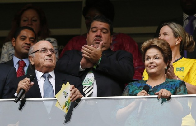 381775-sepp-blatter-and-dilma-rousseff