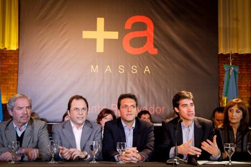 Candidatos-del-Frente-Renovador-firmaron-compromiso-contra-la-rereelección-800x532