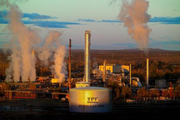 Spain Pledges Action Against Argentina Over YPF Oil Seizure